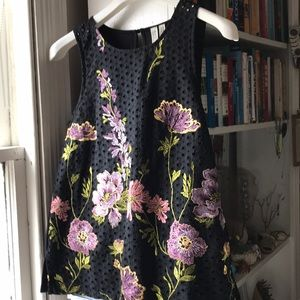 Anthropologie embroidered cotton shell